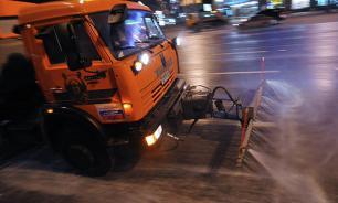 Улицы и тротуары в Сочи будут мыть и пылесосить по ночам