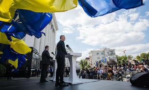 Порошенко требует внести в Конституцию мечту Украины о НАТО