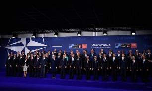"""Ксавье Моро: """"НАТО само создает угрозу, чтобы продлить жизнь этой ненужной структуре"""""""