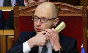 Яценюк обещает встретить Новый год в парламенте вместе с Санта-Клаусами