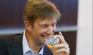 Российский бизнесмен Денис Штенгелов заработал миллиарды на сухарях и чипсах