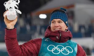 Лыжник Большунов завоевал Малый хрустальный глобус в дистанционных гонках
