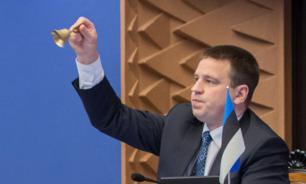 Премьер Эстонии поздравил педагогов с Днем учителя на русском языке