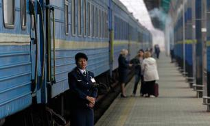 Украинский скоростной поезд остановился из-за мороза на пути из Львова в Киев