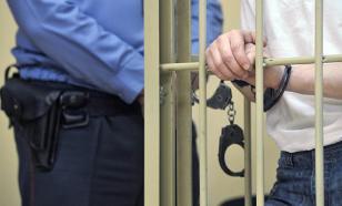 Выстреливший в свою дверь 70 раз житель Якутии получил 13 лет колонии