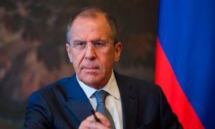 Сергей Лавров: Российские военные переправляют в Сирию вооружение