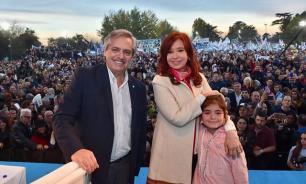 Аргентина проголосовала за уход неолибералов из власти