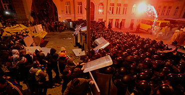 Киевская прокуратура завела 11 уголовных дел по факту захвата зданий правительства
