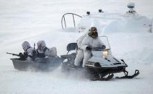 """Обложили: """"англичанка"""" заходит с Арктики"""