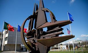 МИД РФ: НАТО развивает активность у границ России