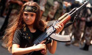 ИГИЛ заставило маленькую девочку казнить пять женщин