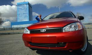 Продажи автомобилей в России рухнули на 11%