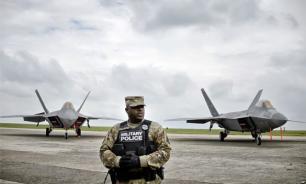 Япония не исключает возможность размещения баз США на двух островах Курил