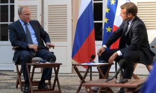 Песков: встреча Путина и Макрона в целом прошла позитивно