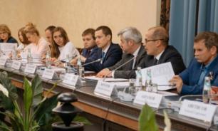 Российским волонтерам помогут советом и делом