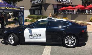 Полицейские в США забыли зарядить свою Tesla и упустили преступника
