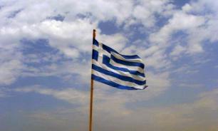 Возле греческого острова Порос упал частный вертолет