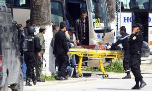 Тунис построит стену на границе с Ливией в надежде остановить террористов