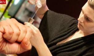 Женщин во Франции начали бить за алкоголь в Рамадан
