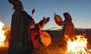 Шаманы провели обряд жертвоприношения для прекращения пожаров в Сибири