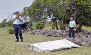 Операция по поиску обломков самолета Boeing 777 временно приостановлена