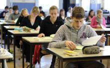 Психолог: современные подростки не смогут общаться и любить