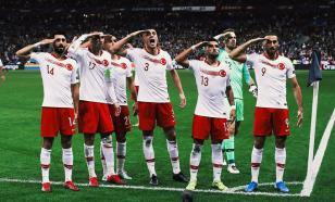 Министр спорта Франции требует наказать сборную Турции