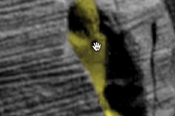 "На Марсе обнаружили ""египетский саркофаг"""