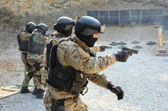 В РФ работают над созданием компактного пистолета для спецслужб