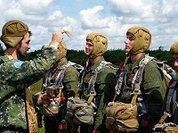 Батюшки и армия: шинель и ряса совместимы?