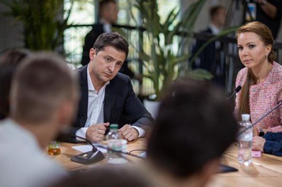Политолог: рейтинг Зеленского будет падать, но это не главное