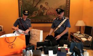 Три россиянина обворовали магазины в Риме на десятки тысяч евро
