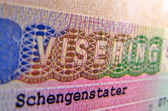 Могерини просят объяснить отказ выдавать жителям Крыма шенгенскую визу