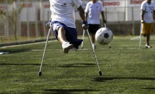Одноногий футболист покорил всех своими финтами