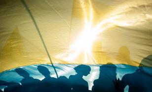 Навсегда сбежать с Украины желает каждый третий житель страны