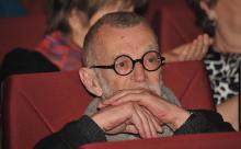 Поэт Рубинштейн рассказал, почему ему дурно от побед сборной России