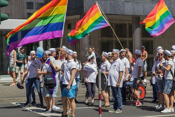 """Германия закрепила в законодательстве третий """"иной"""" пол"""