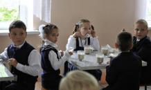 В школах Кемеровской области участились голодные обмороки детей
