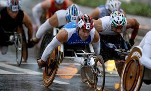 Участники молодежных форумов поддержали российских параолимпийцев