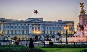 """Архитекторы из Германии предложили сделать из Букингемского дворца """"общагу"""""""