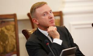 """Ливанов анонсировал """"электронную"""" революцию в российских школах"""