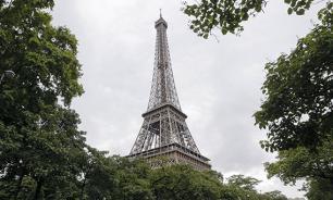 Эйфелева башня в Париже закрыта для посетителей