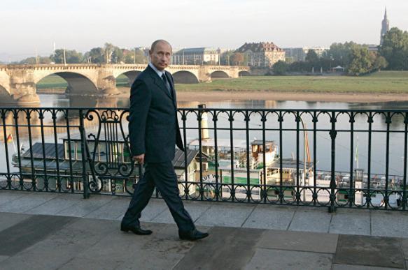 """Власти Дрездена планируют водить туристов по """"путинским местам"""""""