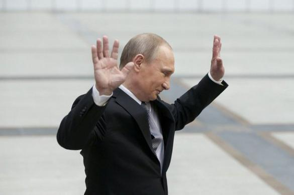 Рейтинг президента Путина упал до исторического минимума