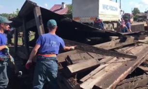 После наводнения в Тулуне начали сносить непригодные для жизни дома