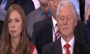 Билл Клинтон заснул от выступления своей жены Хиллари