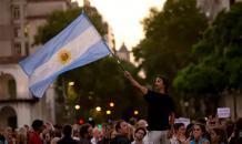 Президент Аргентины решил взять в долг на сто лет
