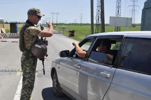 Украина посадит тех, кто ездит в Крым, на восемь лет