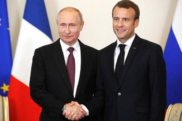 Эксперты объяснили, почему Макрон нужен Путину, а Путин - Макрону