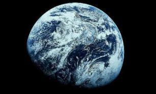 До зарождения жизни Земля была ледяным шаром?